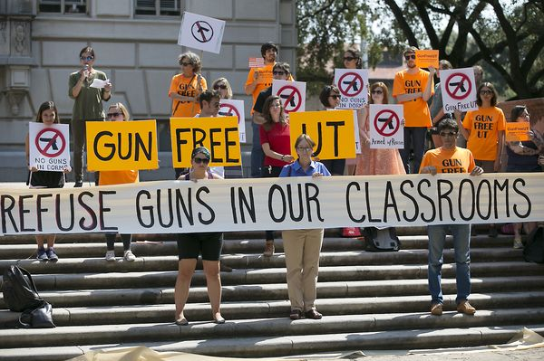 2015_rbz-UT-Open-Carry-Protest-01